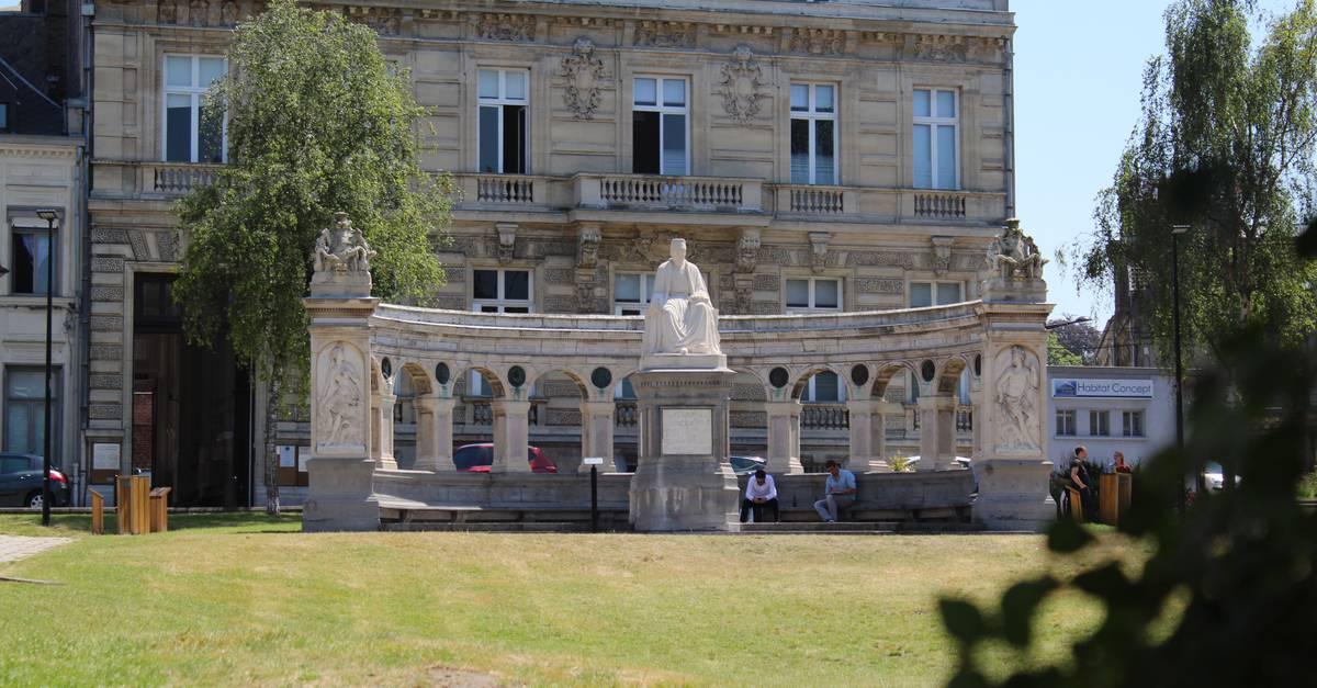 Place froissart office de tourisme valenciennes tourisme congr s - Office tourisme valenciennes ...