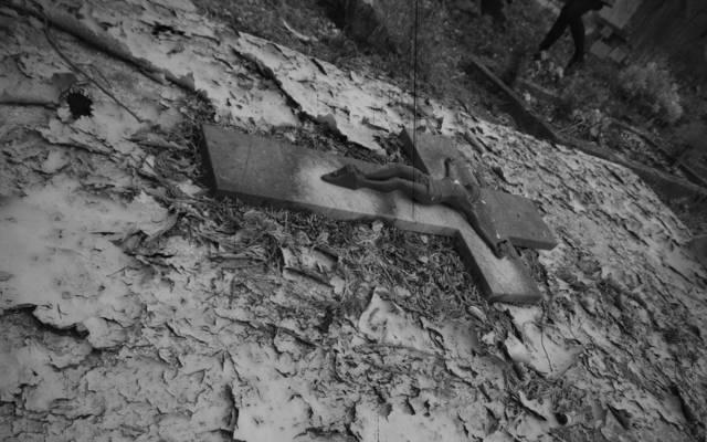 Panique au Cimetière St-Roch