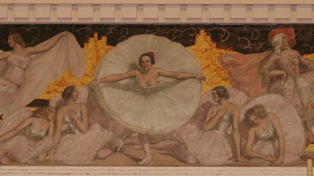 Le théâtre d'Anzin, écrin des fresques de Lucien Jonas