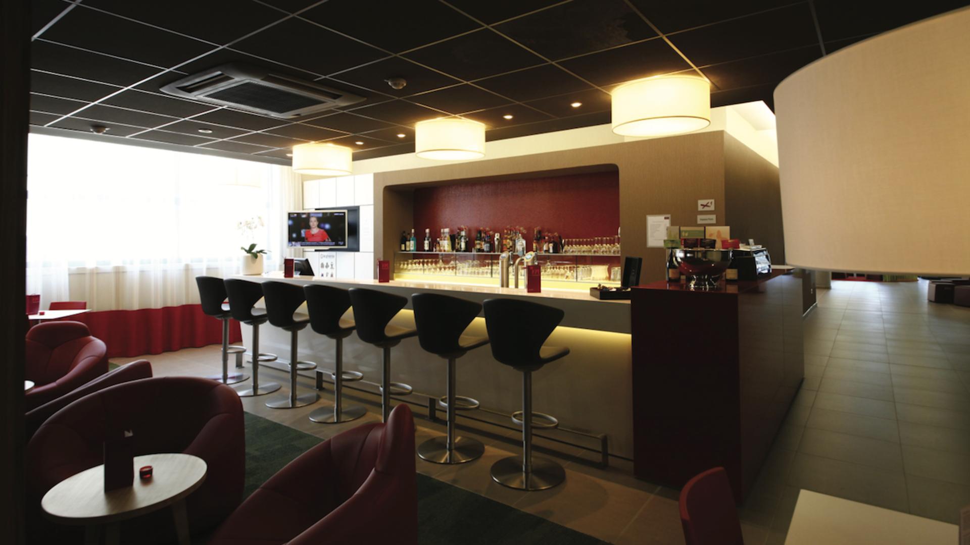 Valenciennes hôtel Mercure, le bar