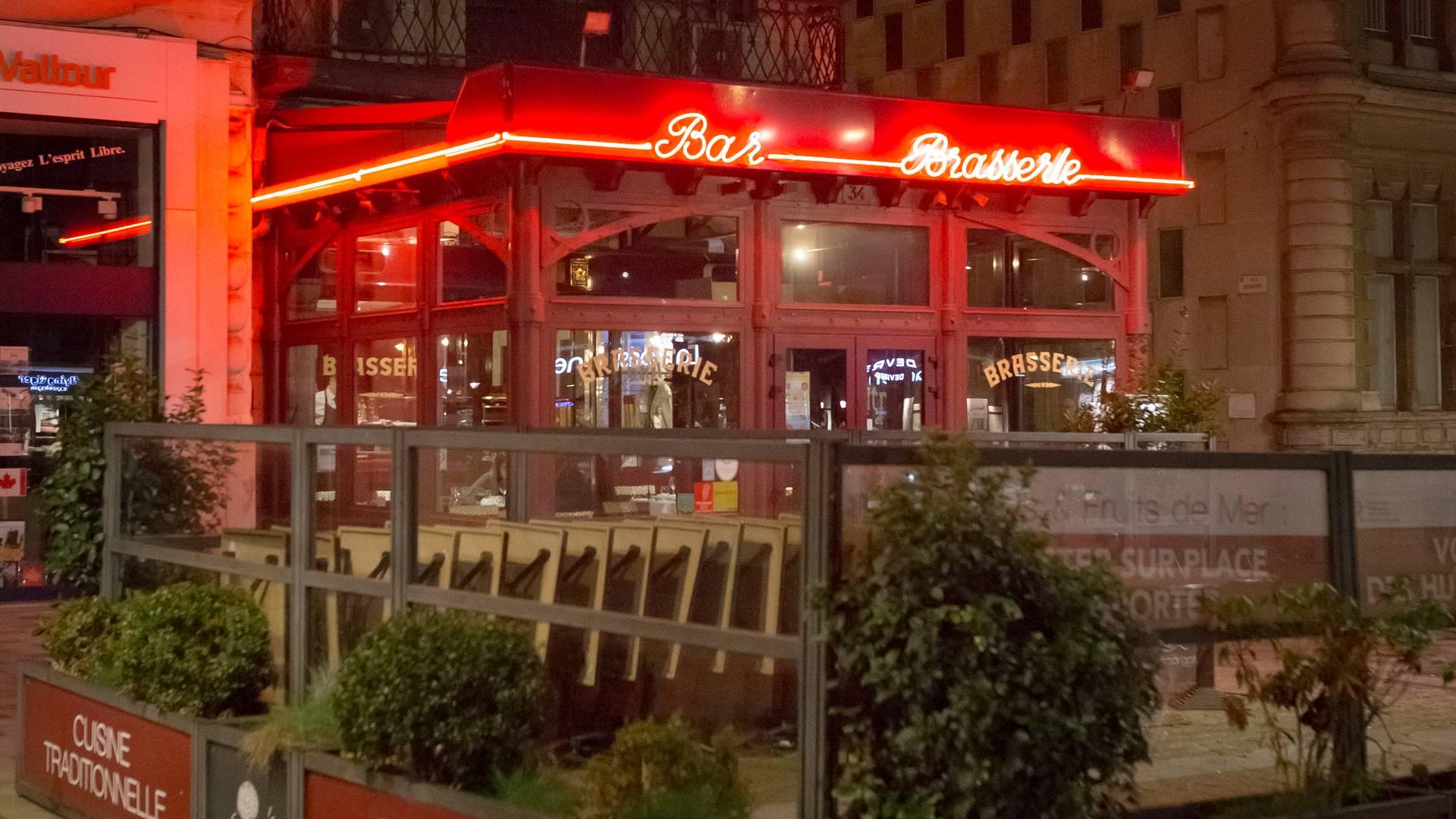 Valenciennes, restaurant l'Escargot, extérieur-terrasse
