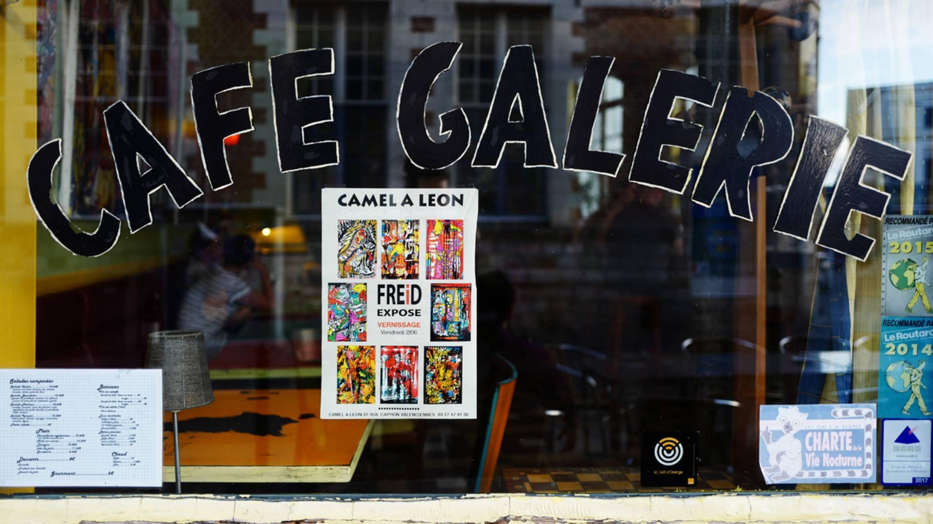 Valenciennes_Le Camel_à_Léon_café_ galerie