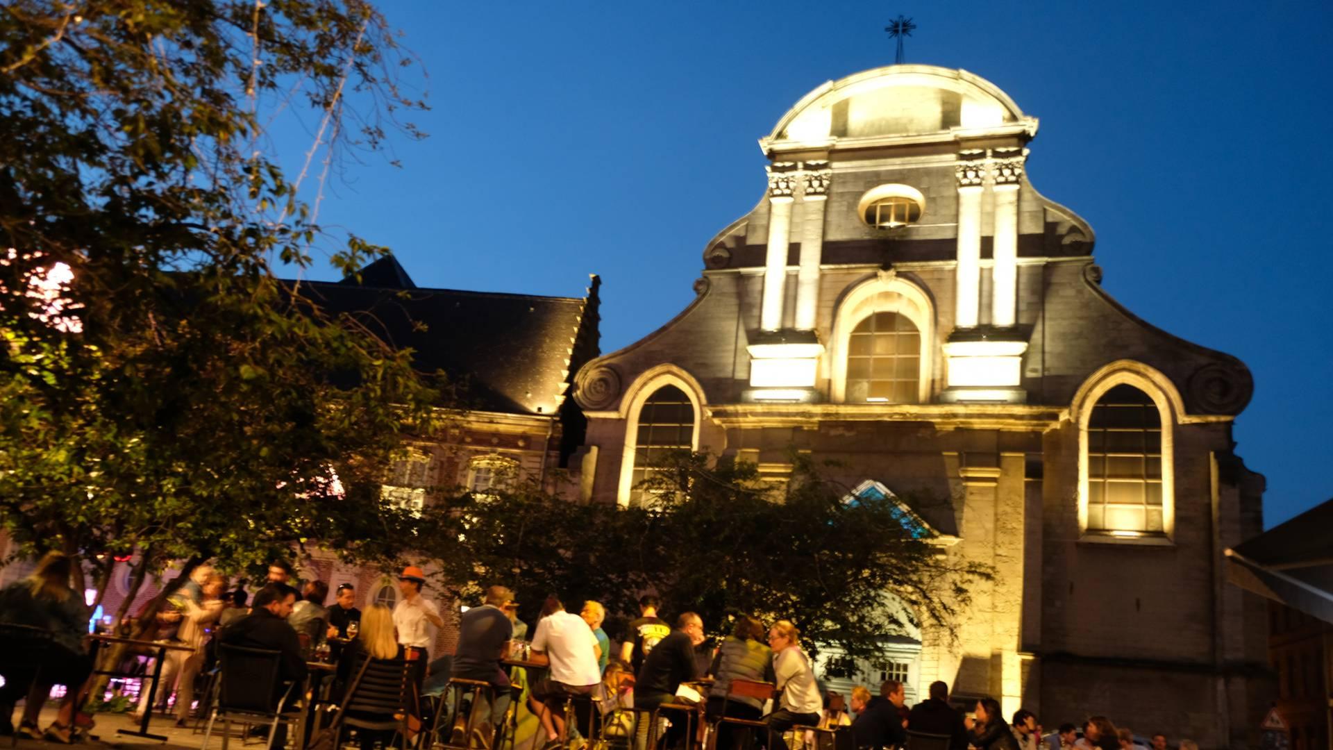 Place St Nicolas Valenciennes