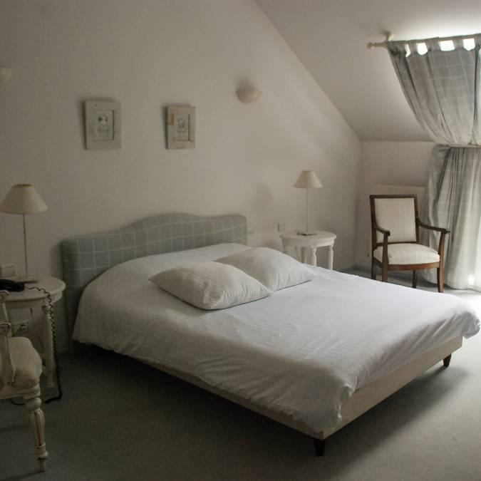Chambre, hôtel la Gentilhommière à Artres