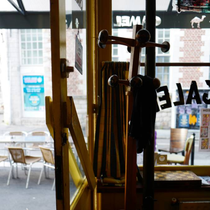 Valenciennes_Le_Camel_à_Léon_café_galerie_terasse